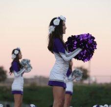 girls cheering