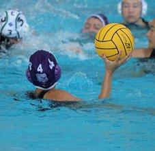 Girls playing water polo